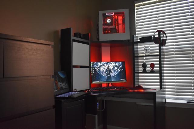 PC_Desk_131_92.jpg