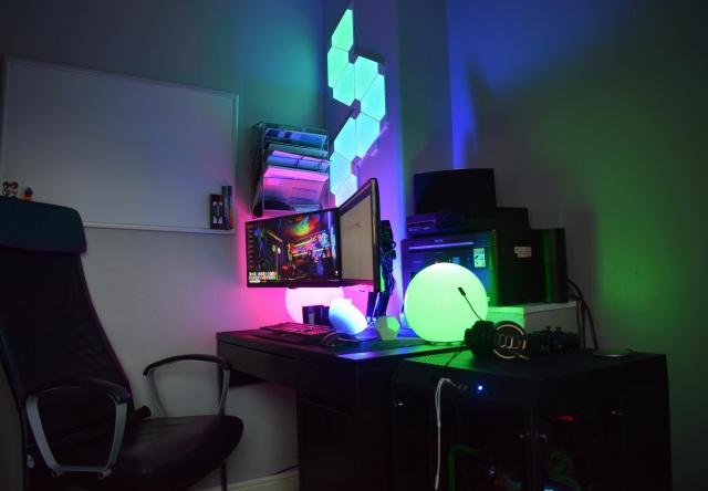 PC_Desk_131_98.jpg