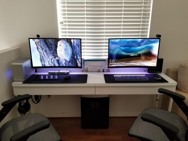 PC_Desk_132_05.jpg