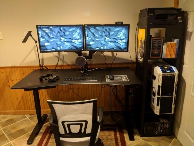 PC_Desk_132_26.jpg