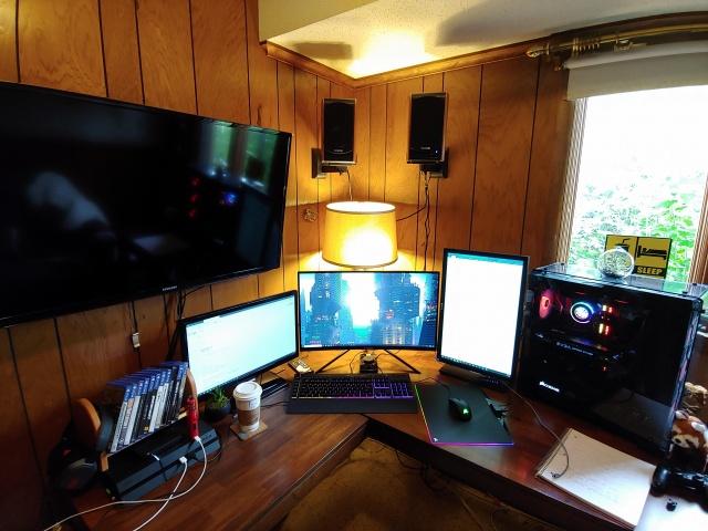 PC_Desk_132_36.jpg