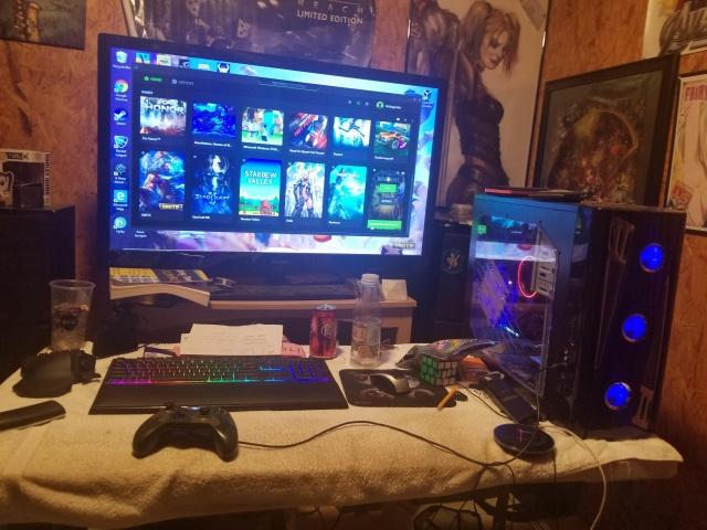 PC_Desk_132_47.jpg