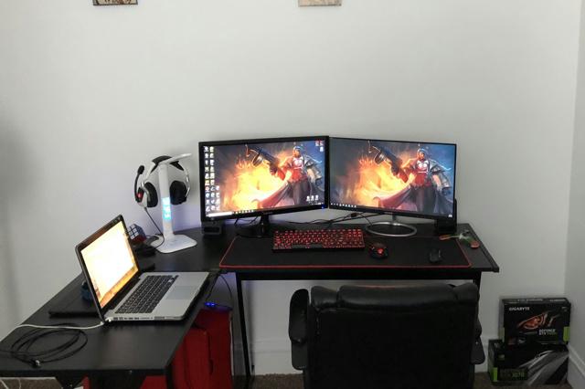 PC_Desk_132_85.jpg