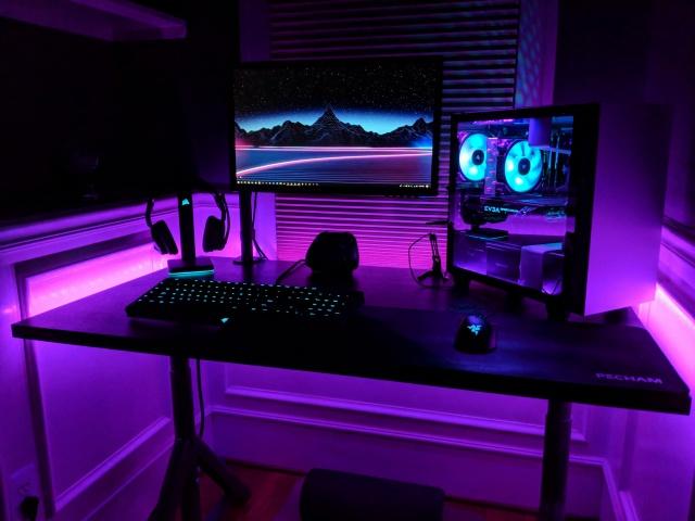 PC_Desk_133_15.jpg