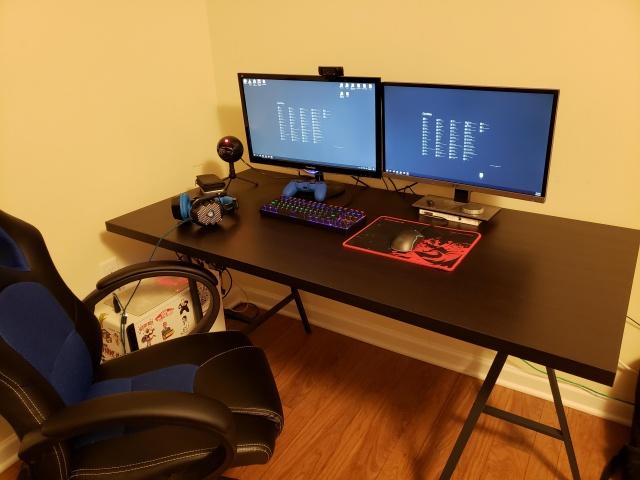 PC_Desk_133_31.jpg