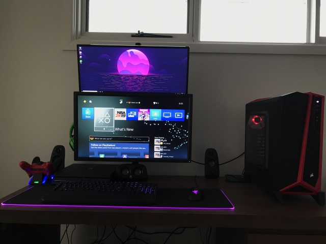 PC_Desk_133_51.jpg