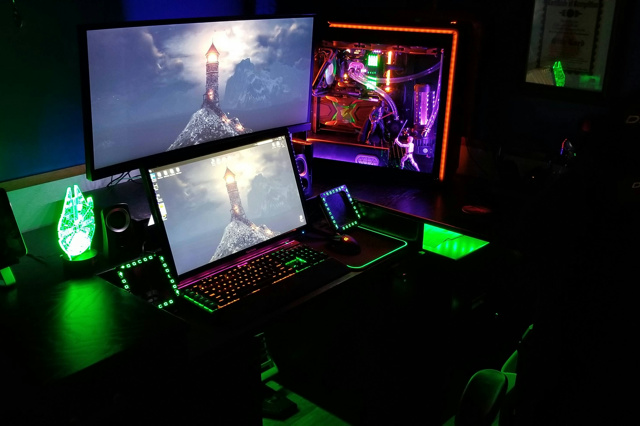 PC_Desk_133_96.jpg