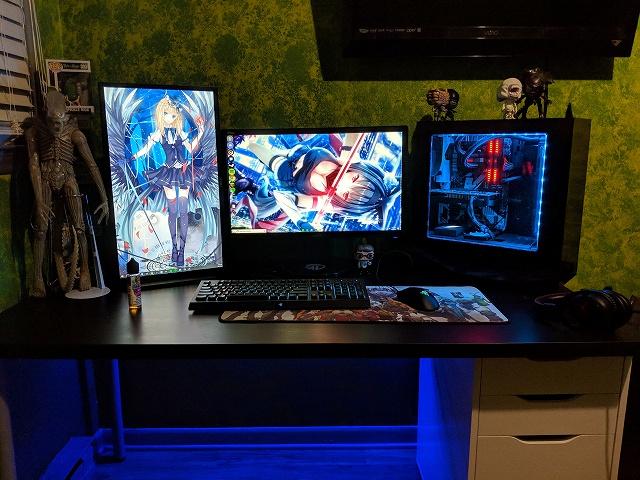 PC_Desk_134_09.jpg
