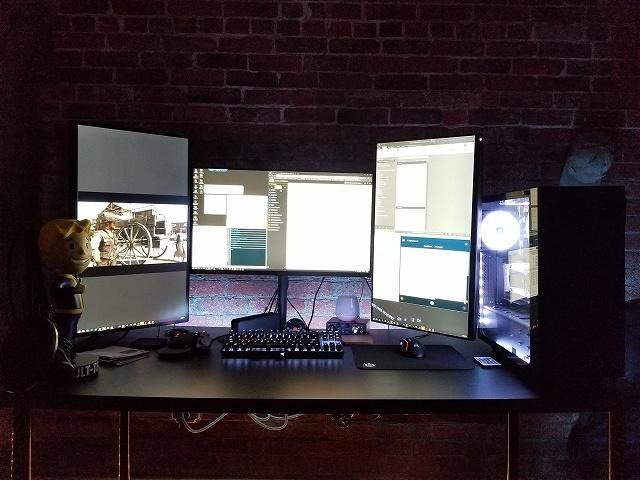 PC_Desk_134_14.jpg