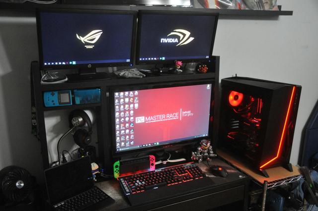 PC_Desk_134_20.jpg