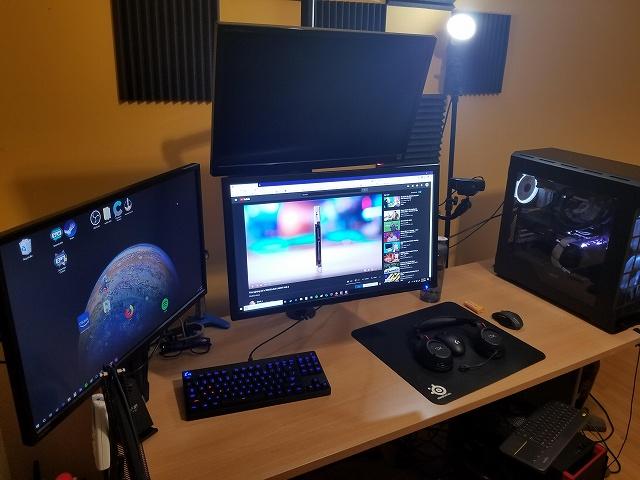 PC_Desk_134_23.jpg