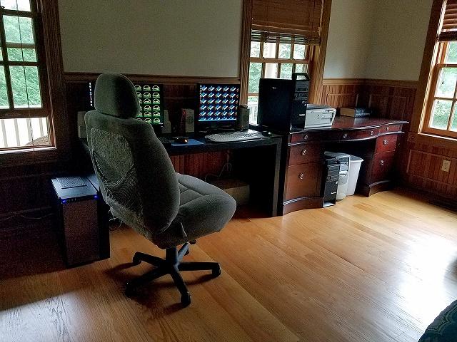 PC_Desk_134_31.jpg