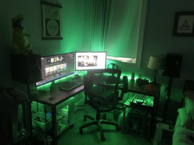 PC_Desk_134_33.jpg