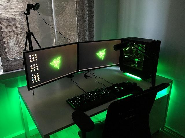 PC_Desk_134_37.jpg