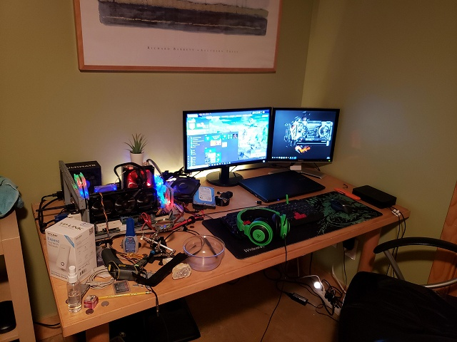 PC_Desk_134_44.jpg