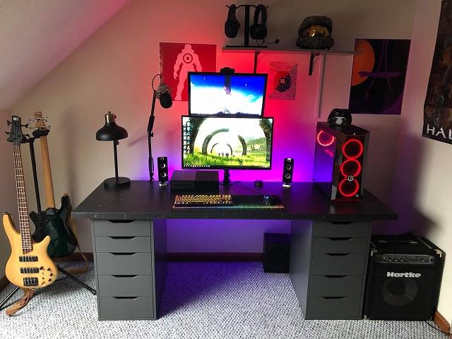 PC_Desk_134_50.jpg
