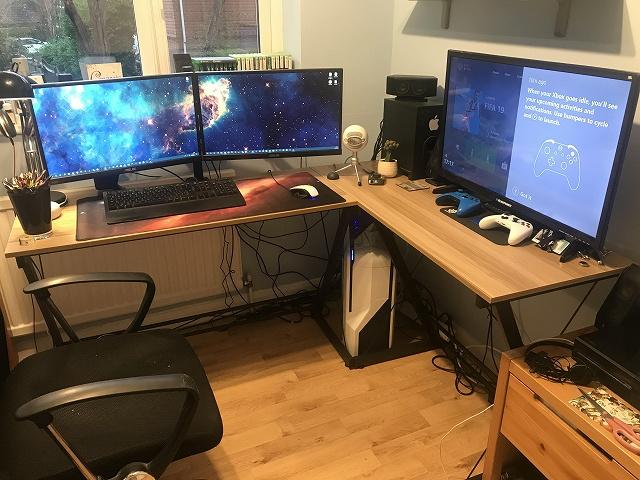 PC_Desk_134_64.jpg