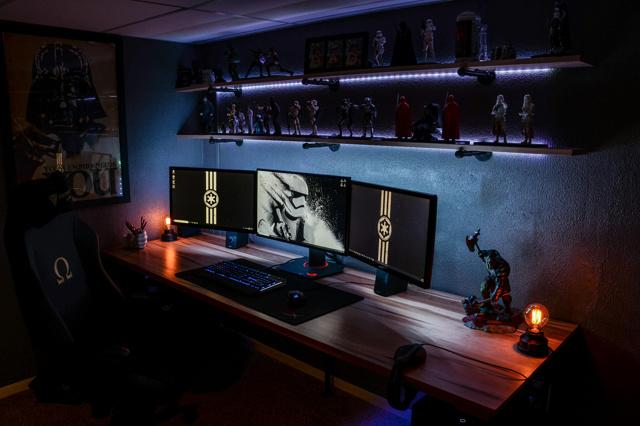 PC_Desk_134_73.jpg