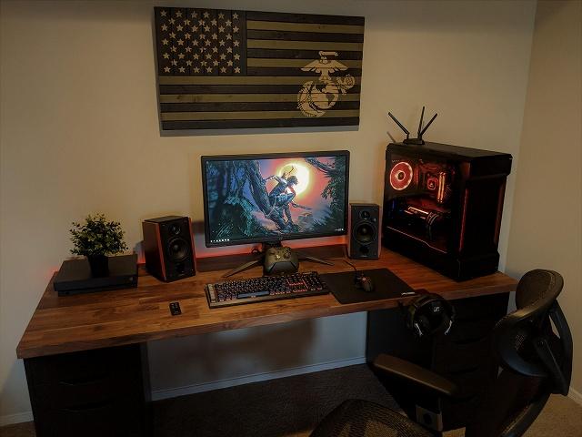 PC_Desk_134_79.jpg