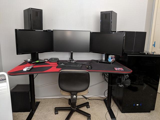 PC_Desk_134_98.jpg