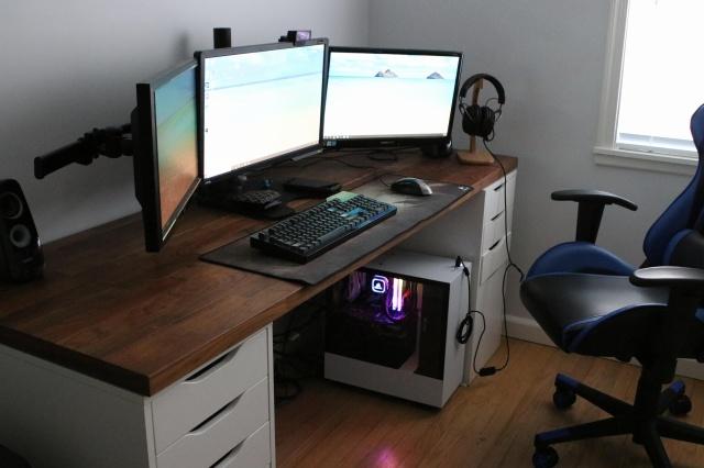 PC_Desk_135_57.jpg
