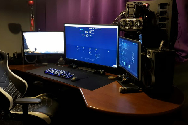 PC_Desk_135_91.jpg