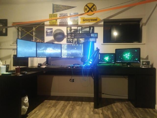 PC_Desk_136_85.jpg
