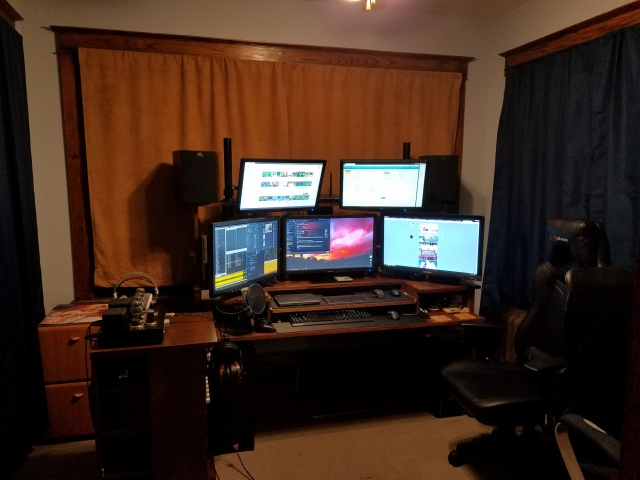PC_Desk_136_90.jpg