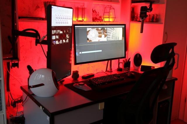 PC_Desk_137_23.jpg