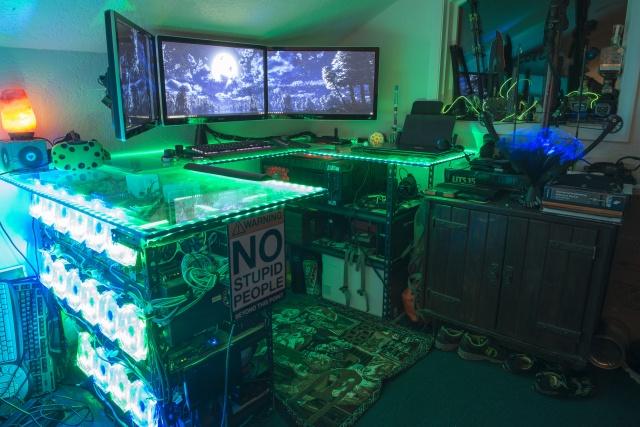 PC_Desk_137_25.jpg