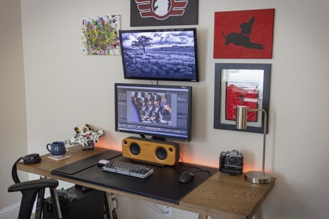 PC_Desk_137_71.jpg