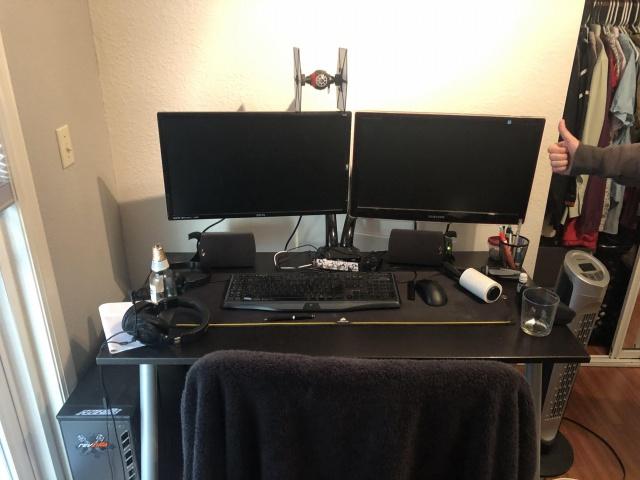 PC_Desk_138_10.jpg