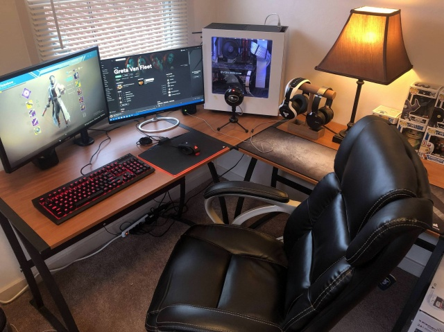 PC_Desk_138_36.jpg