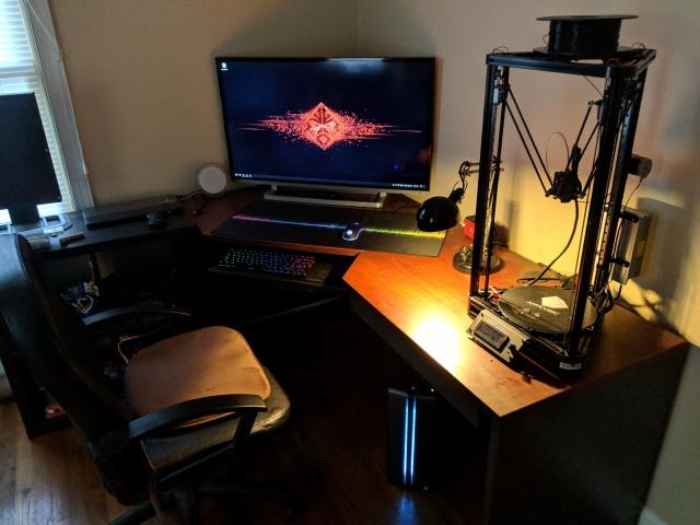 PC_Desk_138_74.jpg