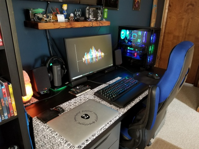 PC_Desk_138_76.jpg
