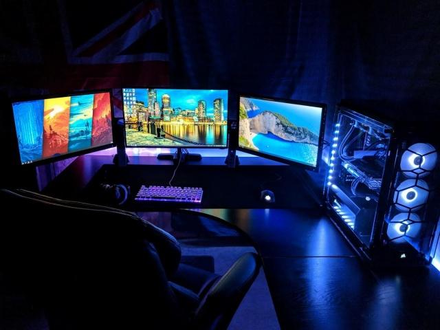 PC_Desk_138_91.jpg