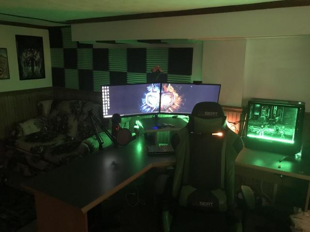 PC_Desk_138_95.jpg