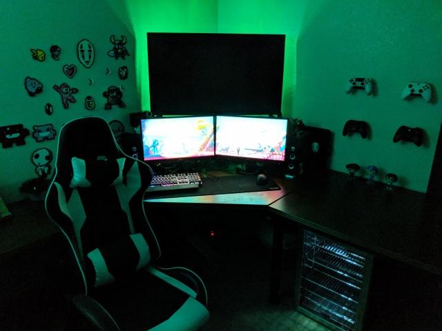 PC_Desk_139_24.jpg