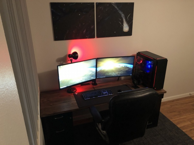 PC_Desk_139_71.jpg
