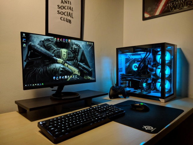 PC_Desk_139_96.jpg