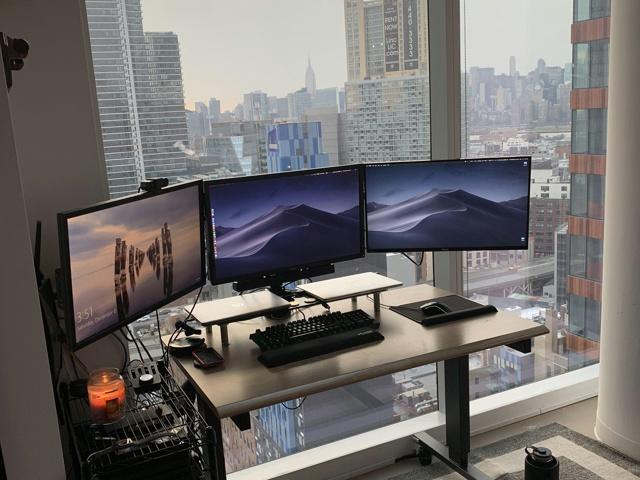 PC_Desk_140_27.jpg
