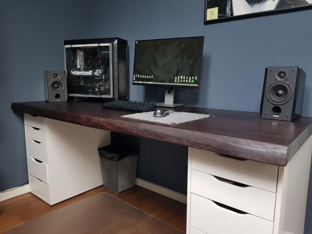 PC_Desk_140_34.jpg