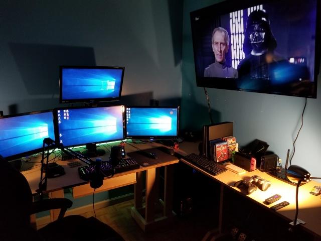 PC_Desk_140_37.jpg