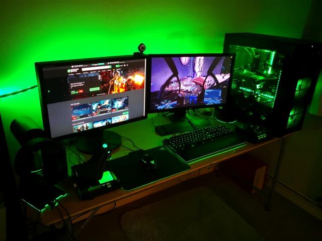 PC_Desk_140_39.jpg