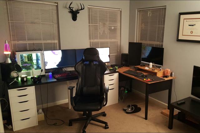 PC_Desk_140_45.jpg