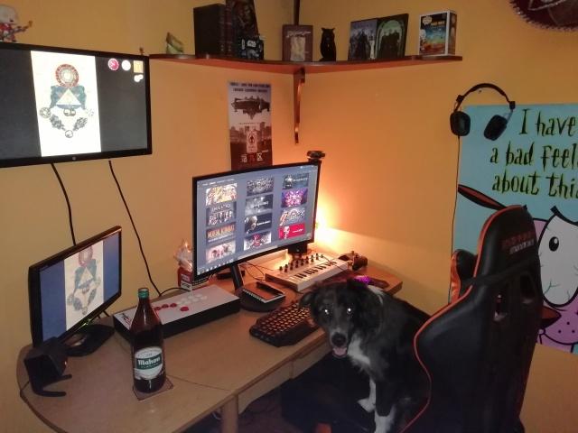 PC_Desk_140_53.jpg