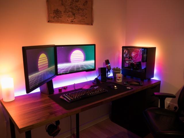 PC_Desk_140_59.jpg