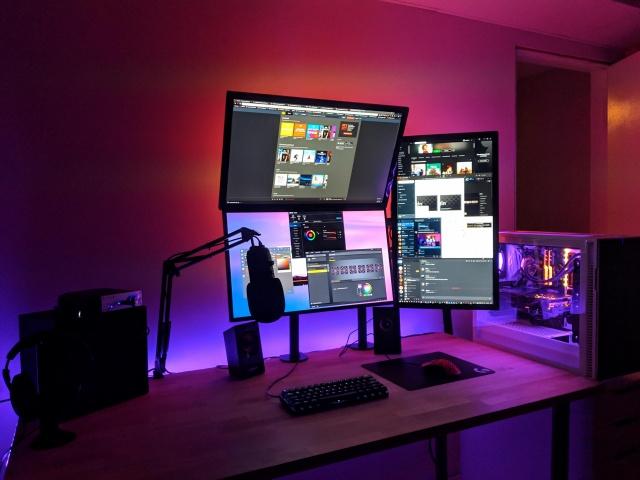 PC_Desk_140_77.jpg
