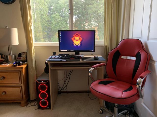 PC_Desk_140_95.jpg