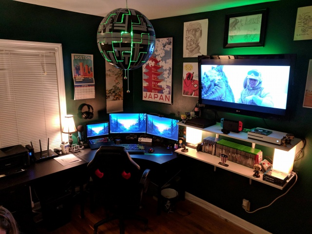 PC_Desk_140_97.jpg